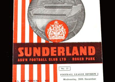 Sunderland v Bury 26.12.1962 (The cruciate injury which finishes him)